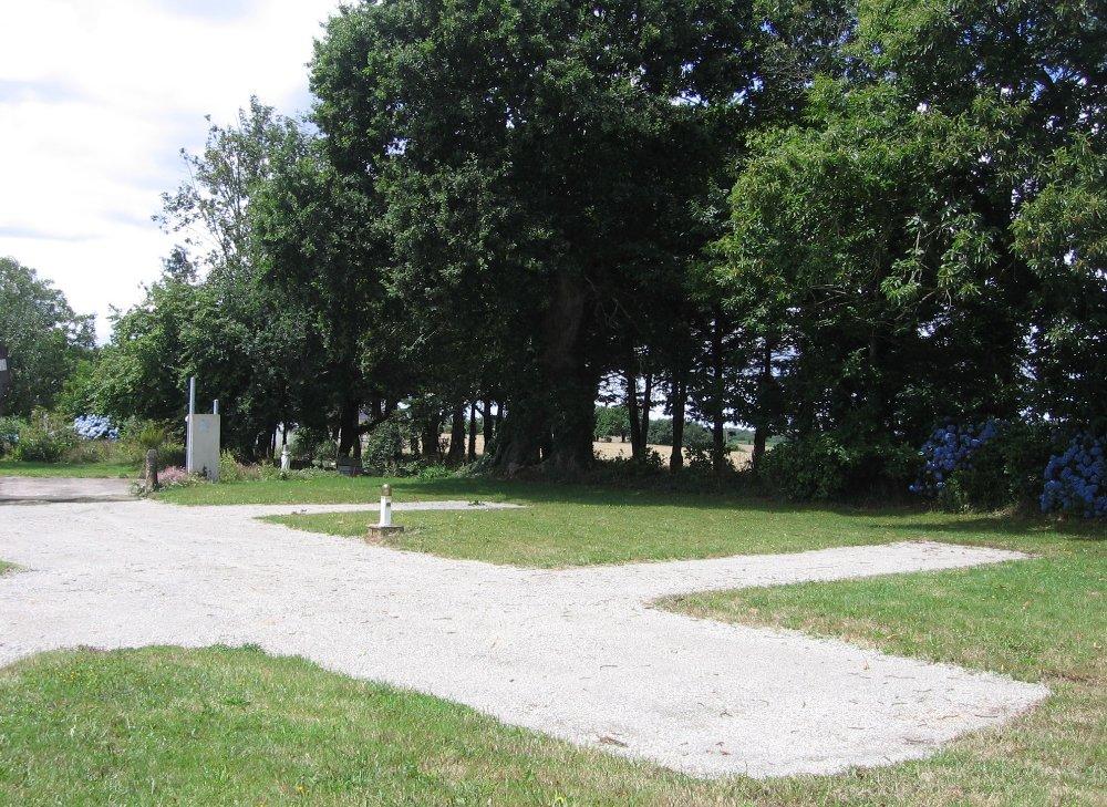 Aire camping-car à Melgven (29140) - Photo 2